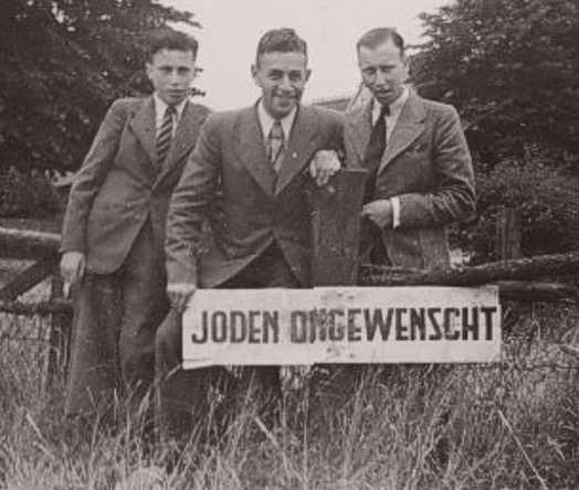 Levie Bartels, vriend Eric Sanders en Joop Bartels (Foto: privécollectie mw D. Blok)